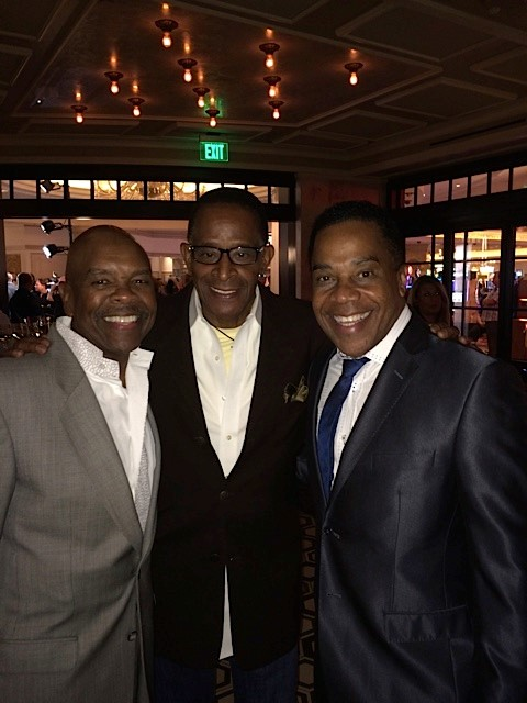 Bubba Knight, Antonio Fargas, Earl